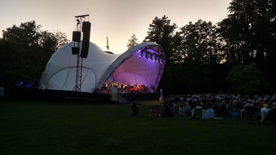 Bühne mieten, Konzertmuschel mieten, Open Air Bühne mieten, Festival Bühne