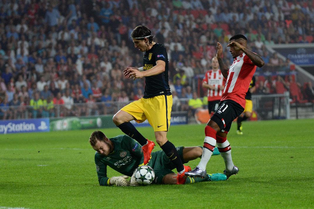 Atletico Madrid gewinnt im ersten Spiel der neuen Championsleague Saison mit 1:0 beim PSV Eindhoven
