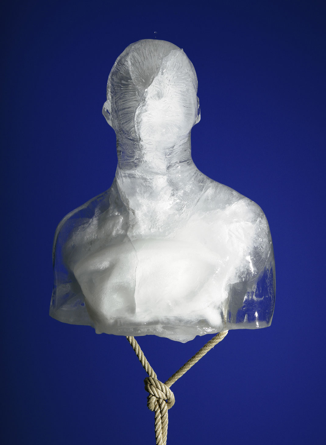 franticek-klossner-sculpture-the-human-body-in-contemporary-art-frozen-self-portrait