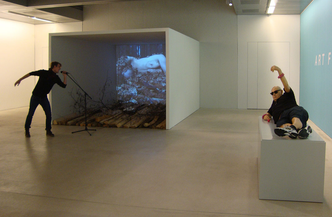 Der Spiegel des Narziss - Kunsthalle Tirol - Taxispalais Innsbruck - Videokunst - Video Art - Austria - Franticek Klossner