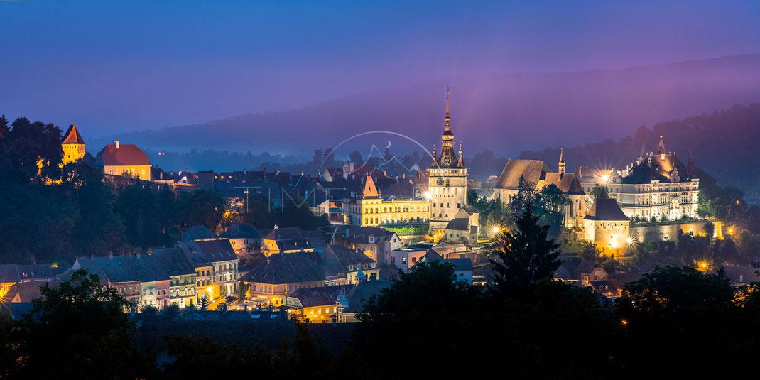 Vampire´s City | Stadt der Vampire | Sighisoara bei Nacht | Transylvania | Romania | Stadt-Kultur-Fotografie | Urban & Culture Photography
