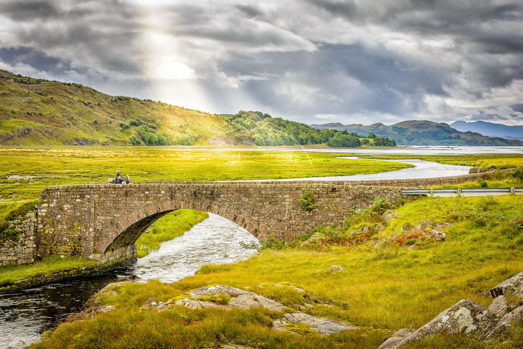 Ancient Trails   Uralte Pfade   Applecross   Highlands   Scotland   Motorrad-Abenteuer-Fotografie   Motorcycle ADV Photography   Poster & Leinwände