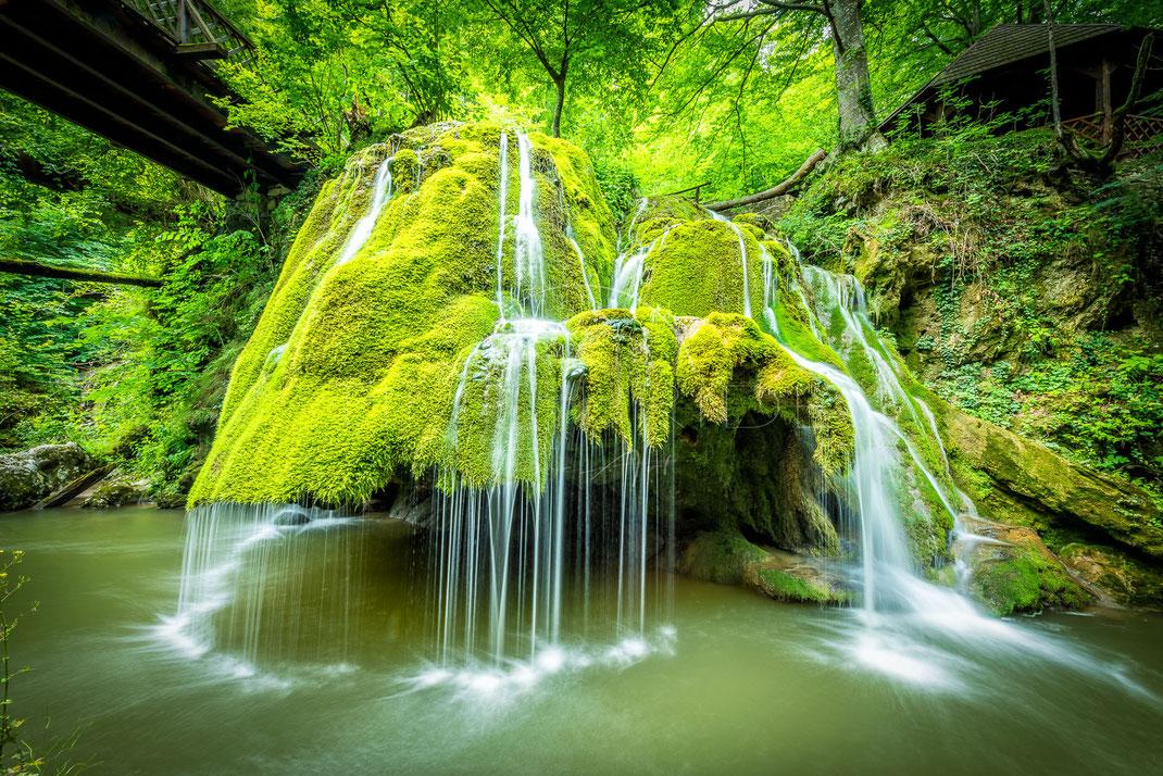 White Lines | Weiße Linien | Izvorul Bigar | Romania | Landschafts- & Naturfotografie | Landscape & Nature Photography