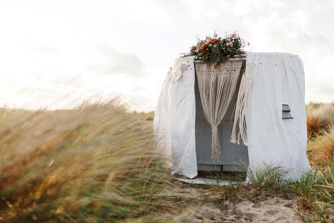 Hochzeitsfotograf Bayern Allgäu bohobooth stillvoll bohemia hippie photobooth fotobox fotokabine photobox bohohochzeit vintage hochzeit fotoautomat videokabine videobooth schneider fotografie videografie