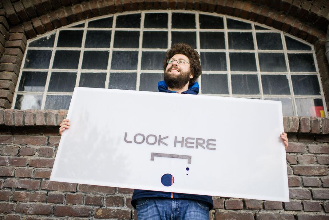 Hallophotobooth in stuttgart photobooth fotobox fotokabine videobox videobooth hochzeit event entertainment betriebsfeier spass stefan schneider