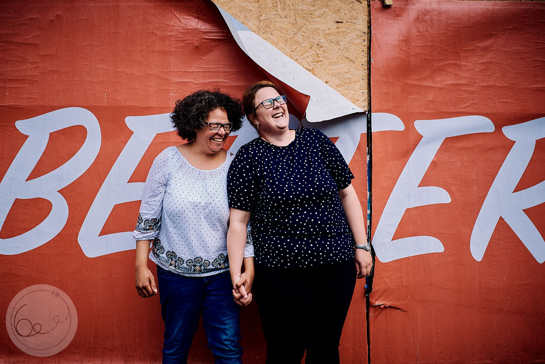 Portrait-Paarshooting-LGBTQ-lesbisches Paar- gay friendly
