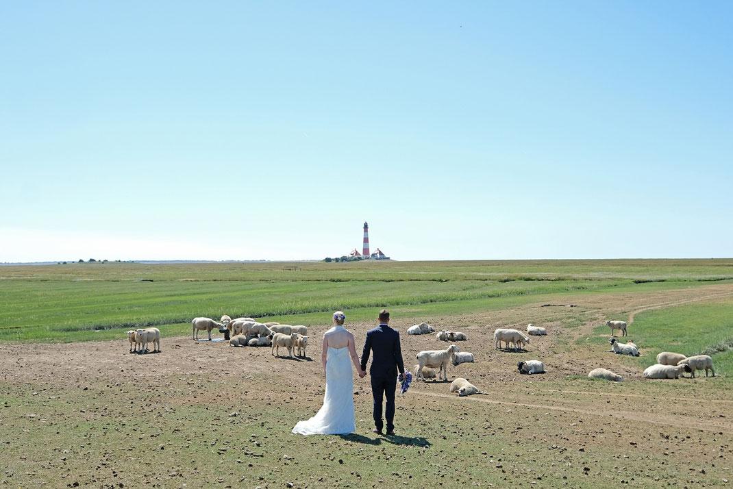 Fotograf Garding , Hochzeitsfotograf Garding,  Heiraten am Strand Garding, Hochzeitsfotos Garding, Hochzeit Garding, Heiraten Garding, Standesamt Garding, Nordseefotograf, Fotograf Nordsee, 2020, 2021, 2022