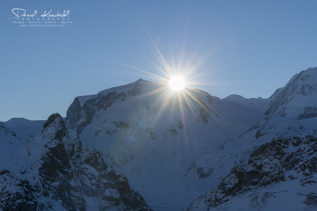 Monte Rosa, Dufourspitze, Sonne, Sonnenaufgang, 4478m, Zermatt, Wallis, Schweiz, Switzerland, www.danielkneubuehl.com, Photographer/Fotograf: Daniel Kneubühl