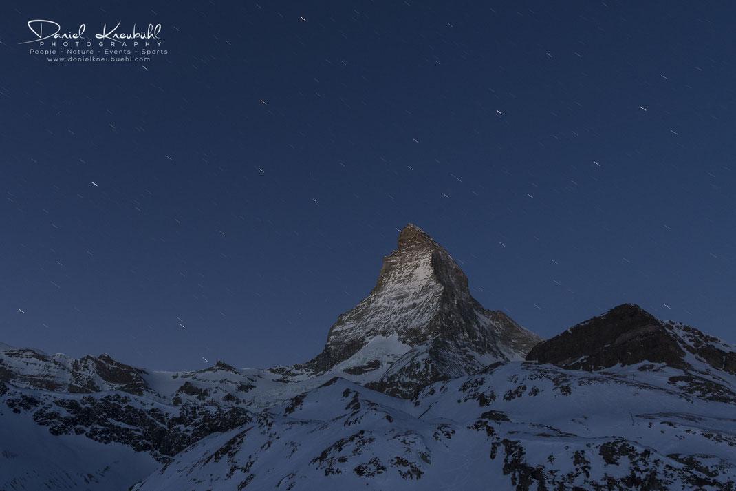 Sternenregen am Matterhorn, Matterhorn, Sterne, Nacht, 4478m, Zermatt, Wallis, Schweiz, Switzerland, www.danielkneubuehl.com, Photographer/Fotograf: Daniel Kneubühl