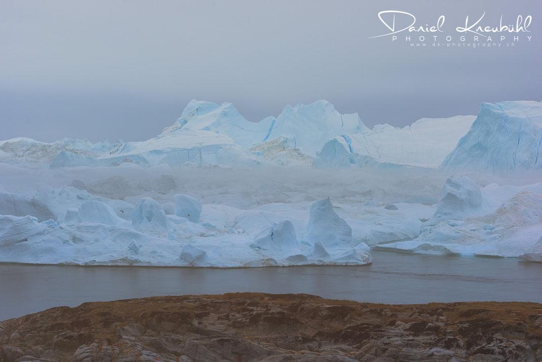 Eisberge im Icefjord Ilulissat in Südwest-Grönland, www.dk-photography.ch, Photographer: Daniel Kneubühl