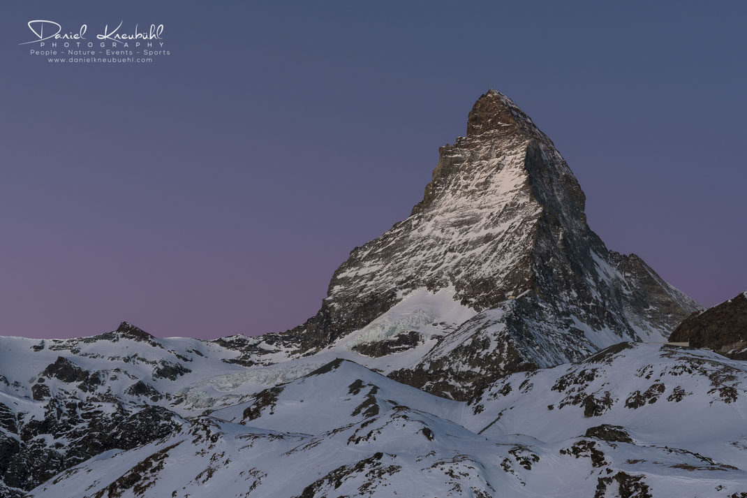 Matterhorn im Morgenrot, Matterhorn, Sonne, Sonnenaufgang, Morgenrot, 4478m, Zermatt, Wallis, Schweiz, Switzerland, www.danielkneubuehl.com, Photographer/Fotograf: Daniel Kneubühl