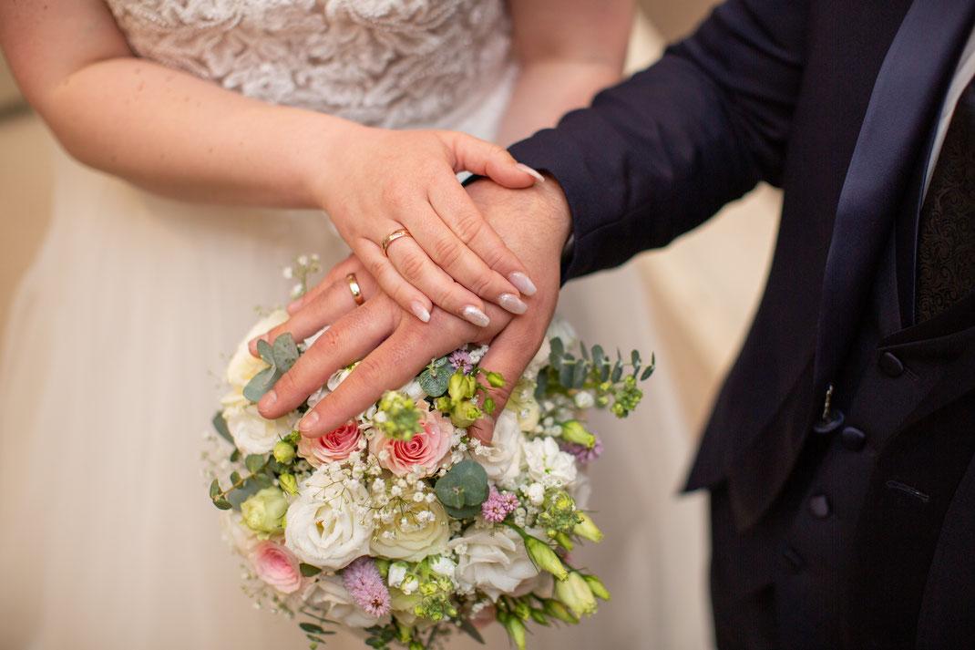 Ringfoto von dem Brautpaar