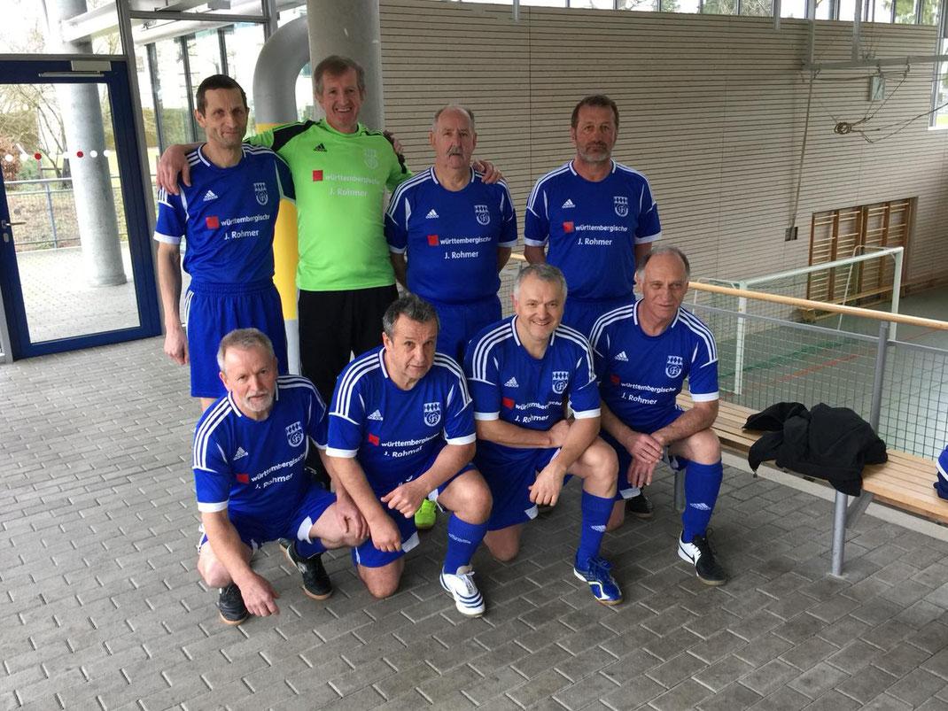 Das Siegerteam - oben, v. l.: Roland Schick (Schönebürg), Thomas Hillebrand (Erolzheim), Heiner Dreyer (Schwendi), Karl Ernle (Berkheim); unten, v. l.: Hubert Koch (Schwendi), Ulrich Kobler (Erolzheim), Josef Cicmanec (Erolzheim) und Peter Auppe