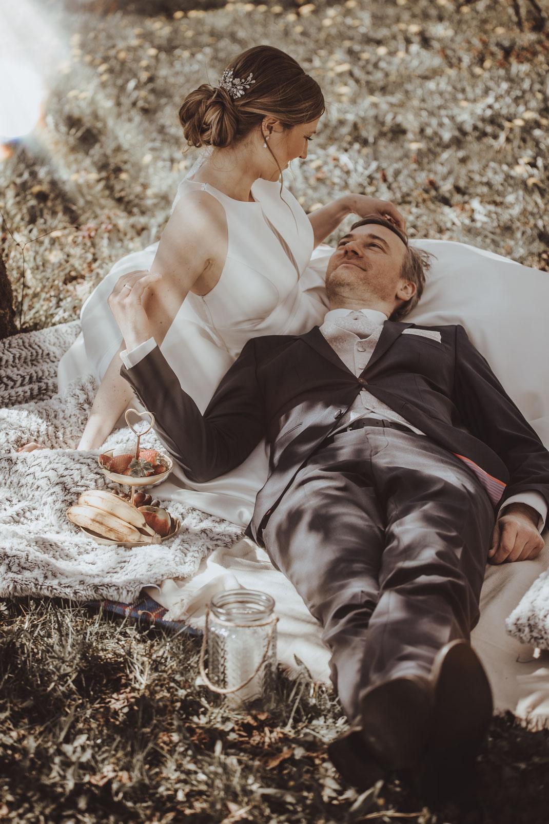 Mit einem Brautpaarshooting wurden wunderschöne Szenen festgehalten