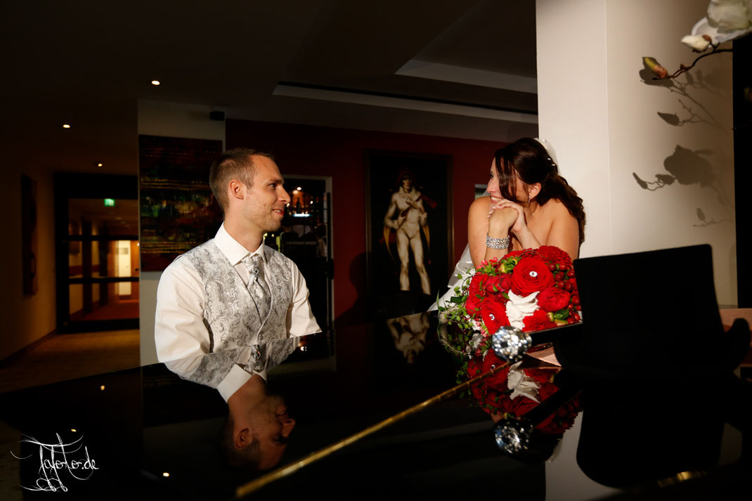 Hochzeitsfotograf Nürnberg, Hochzeitsfotograf Erlangen, eine Hochzeitsreportage in Erlangen Hotel Bayerischer Hof .