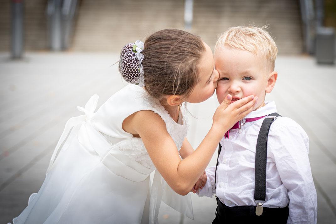 Hochzeitsfotograf Nürnberg, Hochzeitsfotograf Erlangen, Hochzeitsreportage in Großraum Nürnberg, Kreative Hochzeitsfotografie von Alexander Frank