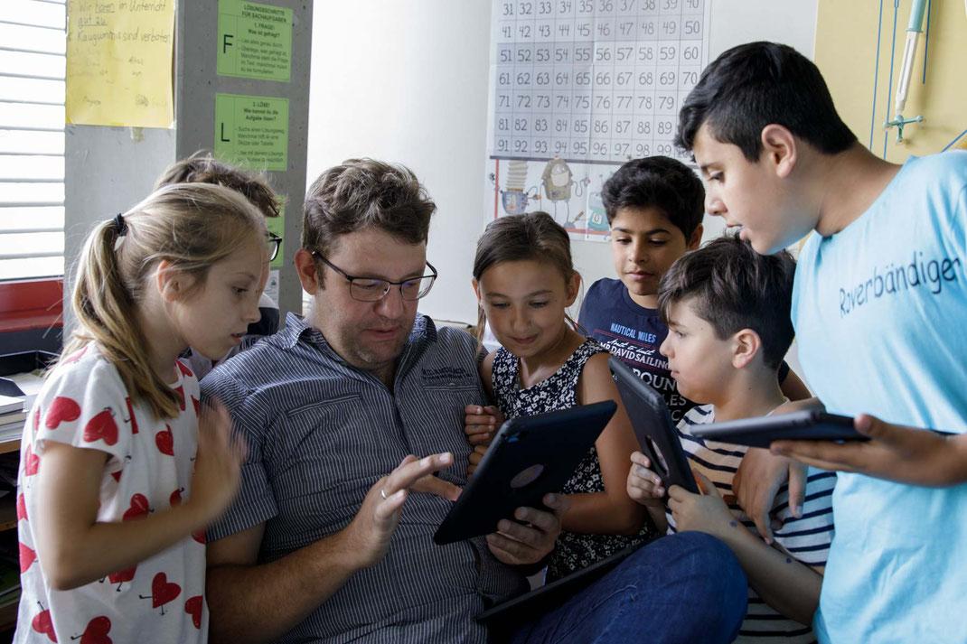 Fotos von einem Schultag in der Steinenbergschule in Stutgart-Hedelfingen
