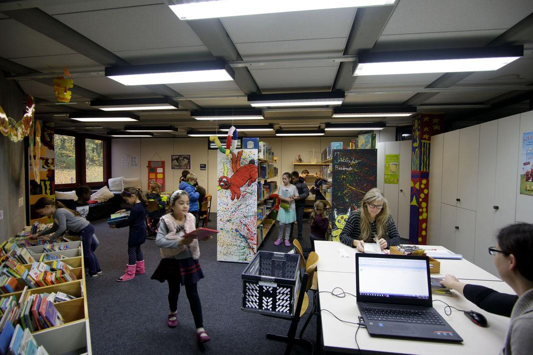 Die Bücherei in der Steinenbergschule