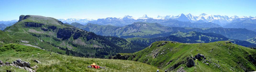 Blick Richtung Steinige Matte - Augstmatthorn - Eiger, Mönch, Jungfrau
