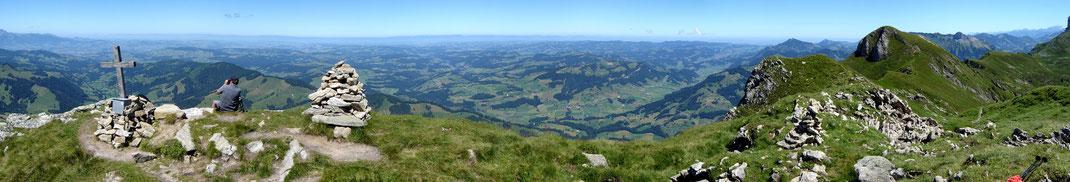 Blick Richtung Eriz - Honegg - Eggiwil - Schangnau - Wachthubel - Entlebuch - Schrattenfluh
