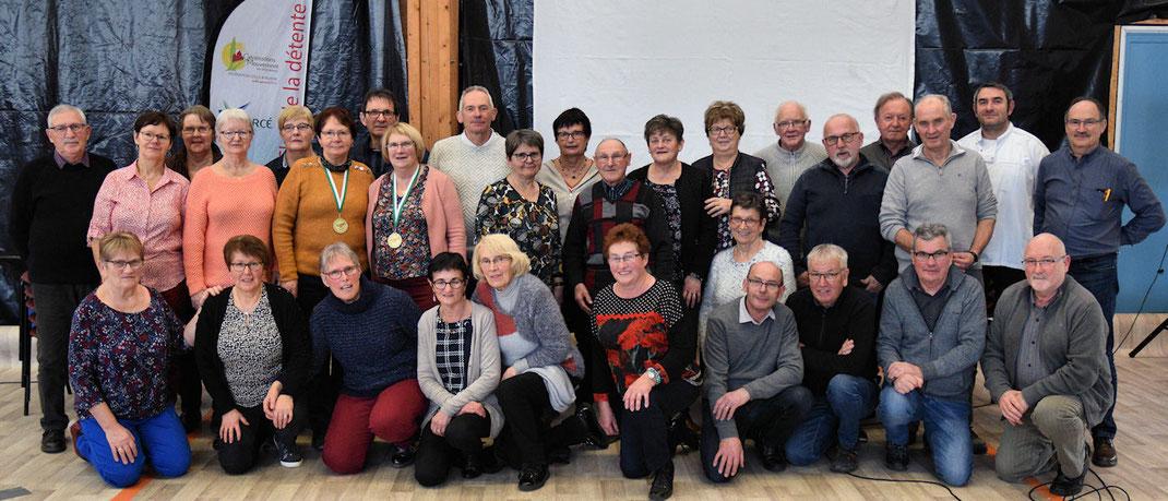 La photo des membres du Conseil d'Administration et des adhérents bénévoles