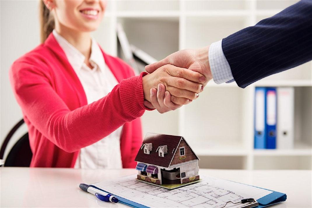 ¿Cuánto gana un agente de bienes raíces en México?