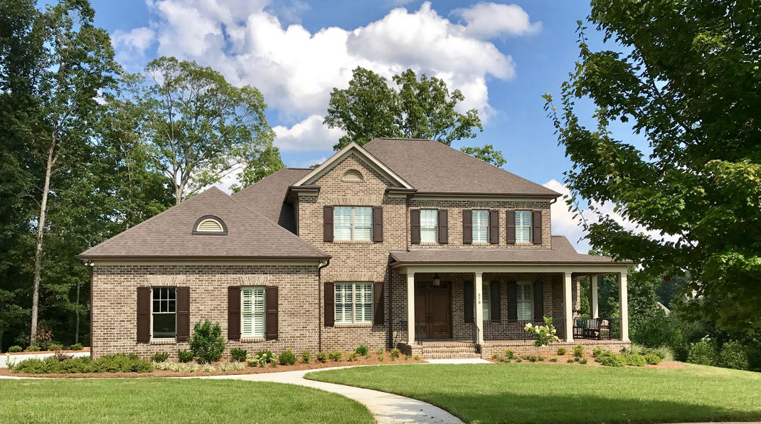 ¿Invertir en una mansión o una casa?