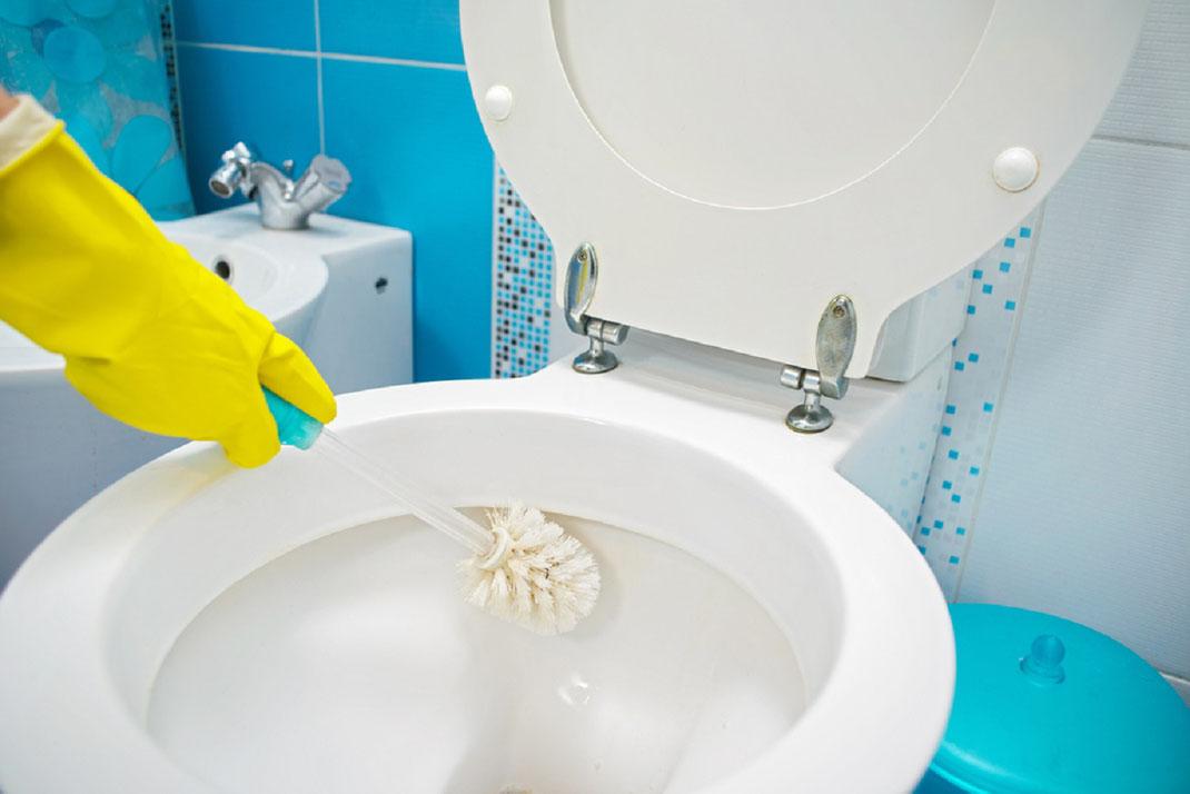 Productos naturales y caseros para mantener los baños limpios