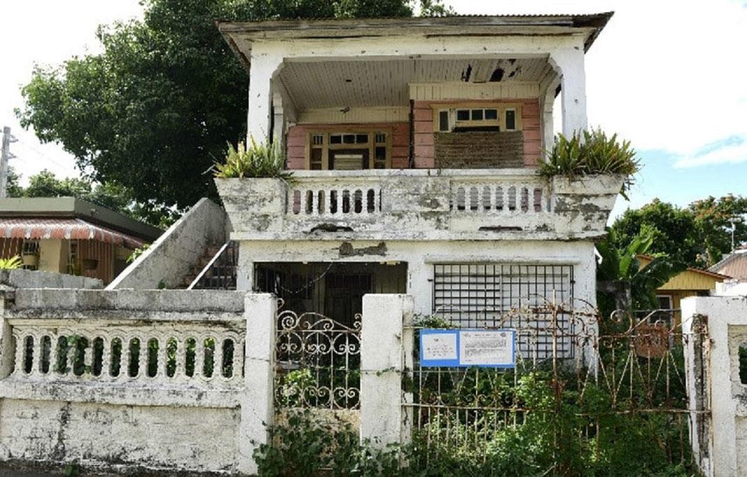 ¿Cómo saber quien es el propietario de una casa abandonada?