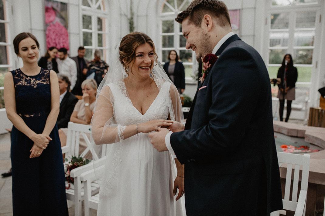 Bild: Trauung im Palmengarten Haus Rosenbrunn Frankfurt am Main Hochzeitsfotograf