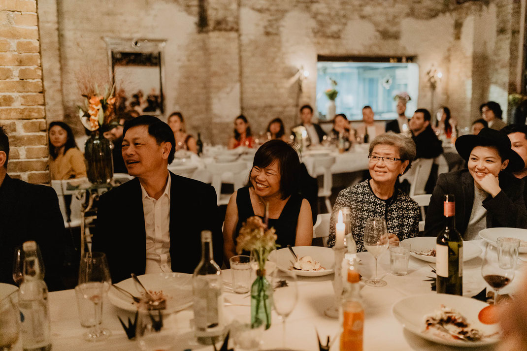 Menu Abendessen Catering im Von Greifswald Berlin Hochzeitsreportage Hochzeitsfotograf Hochzeit