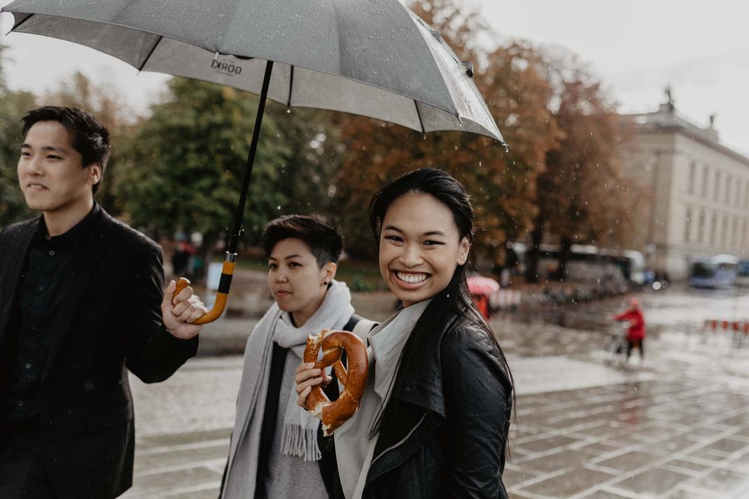 Museumsinsel Berlin Mitte Tipps Hochzeitsfotos im Regen Hochzeit