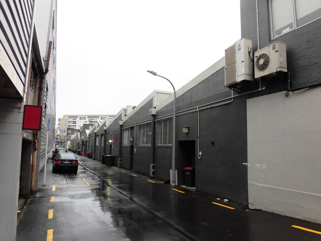 平屋の工場を改造 newmarket