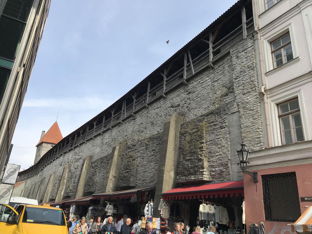 これは、エストニア首都、タリンのオールドタウン(世界遺産)です
