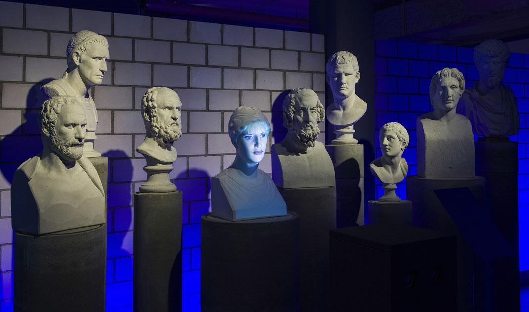 Antikensammlung_Bern_Facing_History_Philosophie_Gegenwart_Rebekka_Reinhard_Kultur_Verein_SEHNERV_Medienkunst