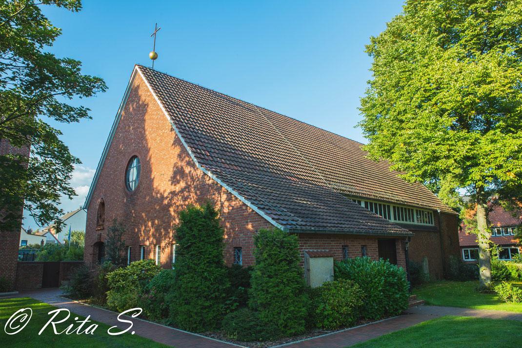 Aussenansicht St. Andreas in Bremen-Gröpelingen