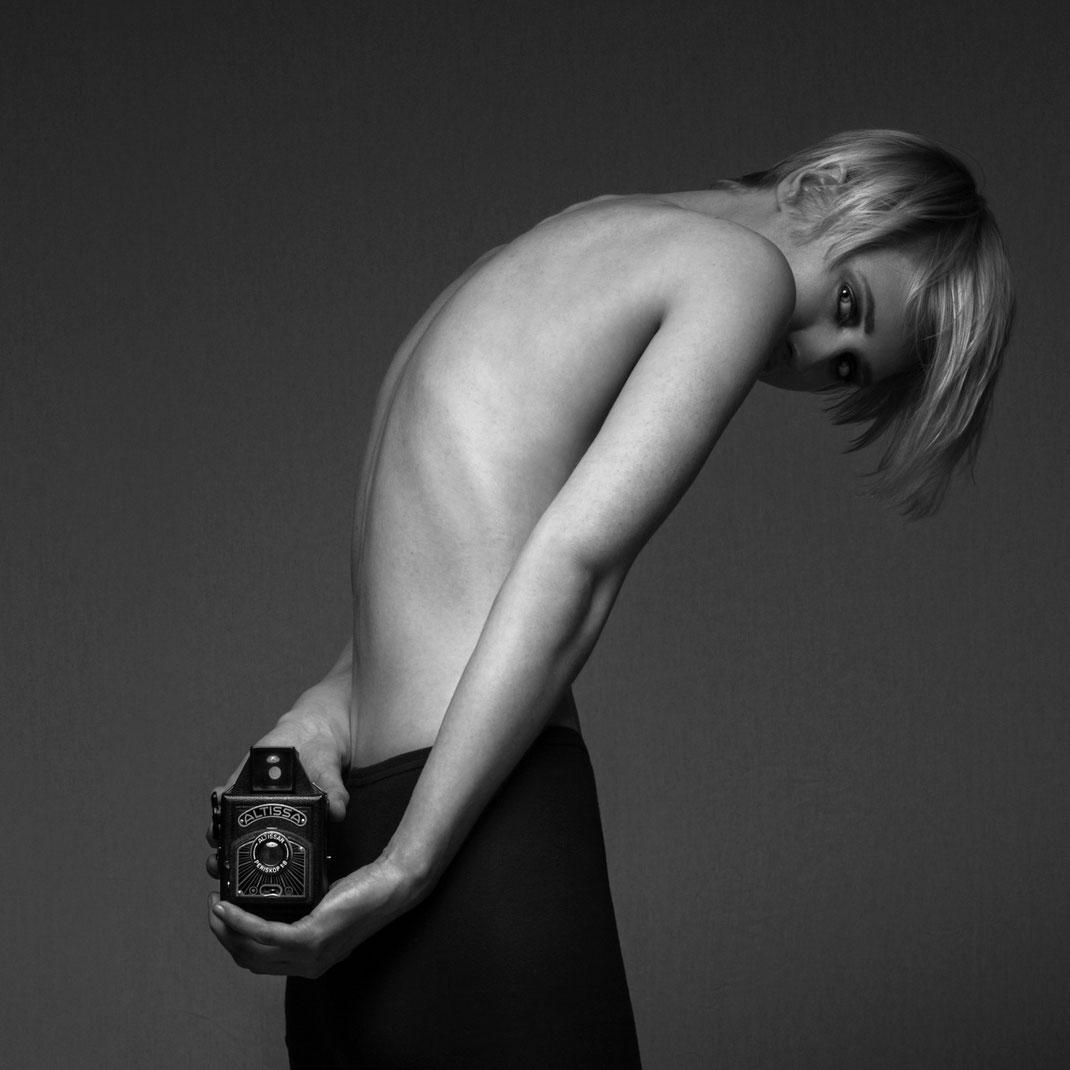 Two Beauties - Charlotte & Altissa - Markus Hertzsch - Camera - Girl - Art