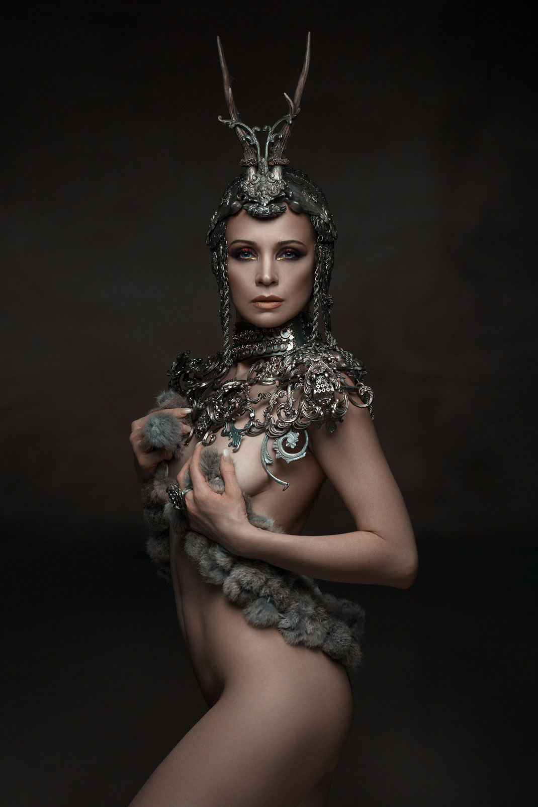 The Song of the Nibelungs - Angélique - Markus Hertzsch - Art - Model - Martine Brun - Jewelry - Body - Iron - Queen - Knight - Portrait