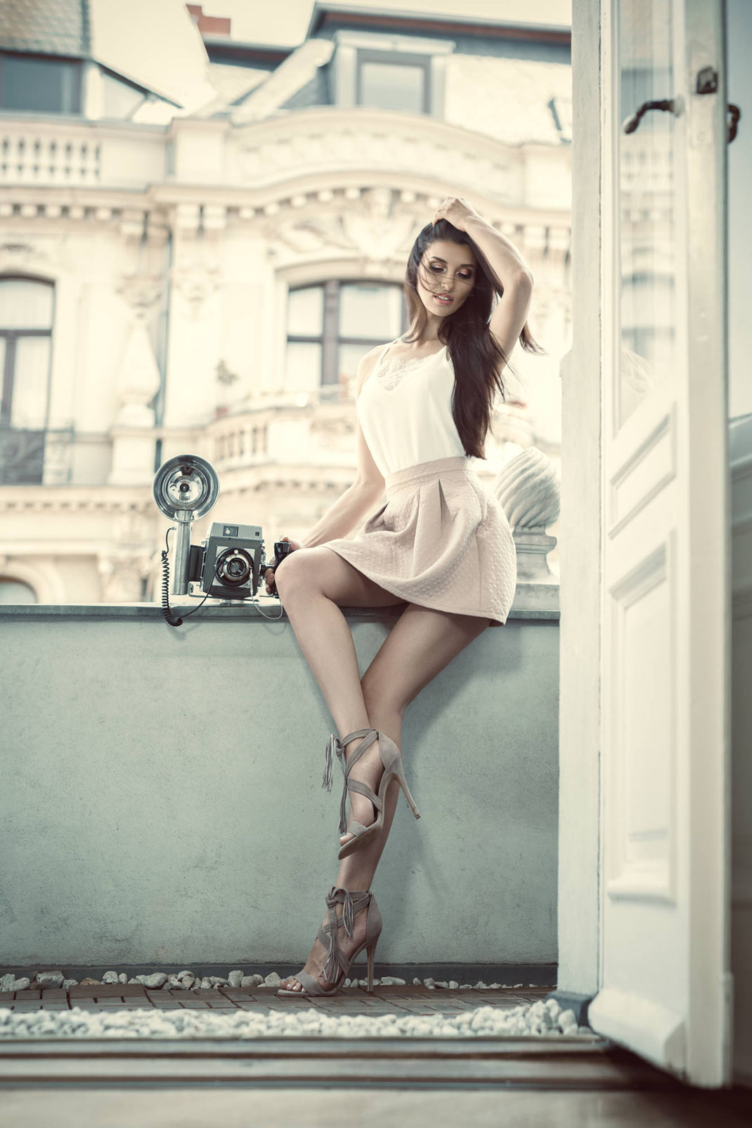 Two Beauties - Liuba & Mamiya Press 23 - Markus Hertzsch - Camera - Girl - Fashion