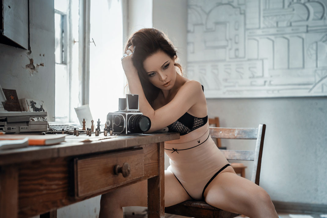 Two Beauties - Angélique & Salut-C - Markus Hertzsch - Camera - Girl