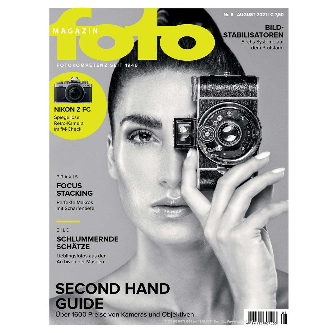 Fotomagazin 08 2021 - Markus Hertzsch - Girl - Model - Camera -  Portrait - Eisa Award - Cover