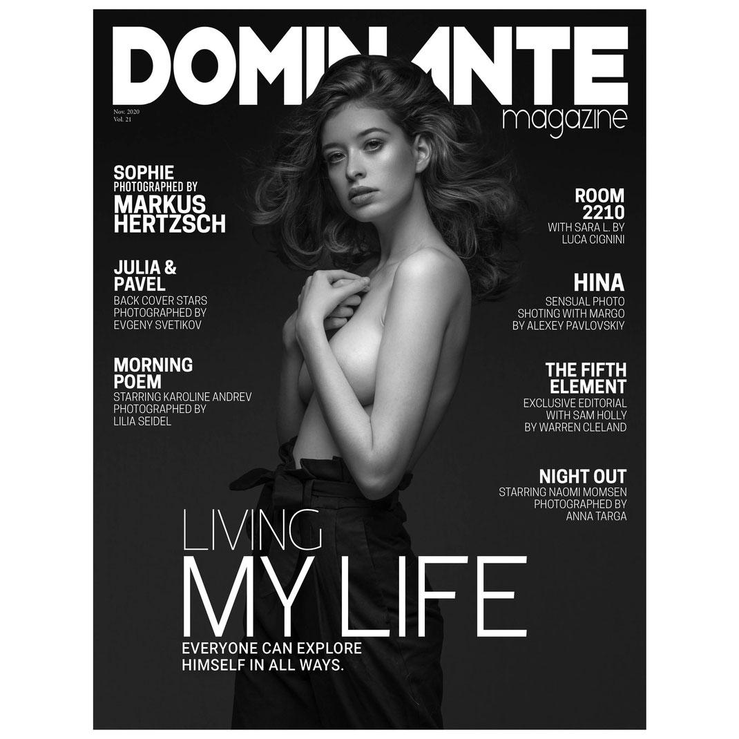 Dominante Magazine - Vol. 21 November 2020 - Markus Hertzsch -  Model - BW - Nude - Sophie - Girl - Pose - Magazine - Cover