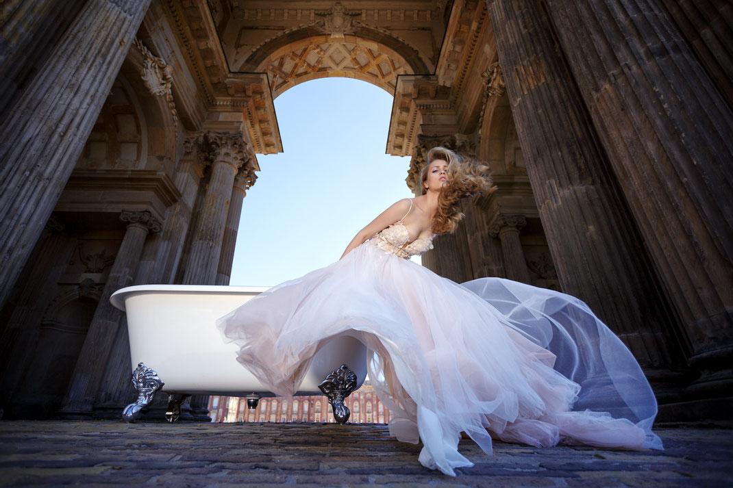 Bride & Bathtub - Katia - Markus Hertzsch