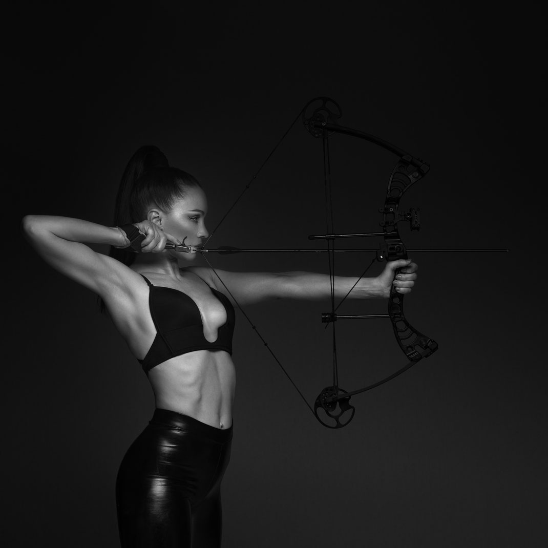 Bow - Angélique - Drake Gecko - Markus Hertzsch - Archery - Bow - Arrow - Hunting - Compound - Recurve - Sports - Girl