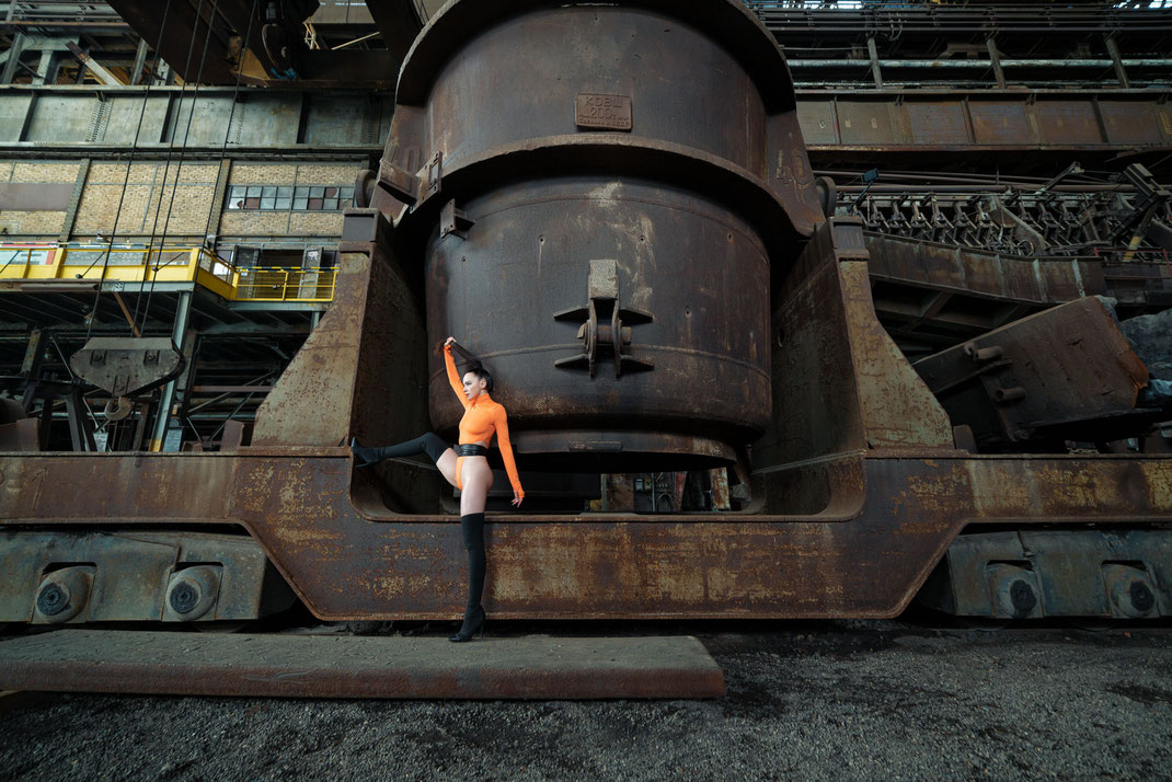 Steelworks Fashion - Angélique - Markus Hertzsch - Art - Model - Steel - Rust - Body - Iron - Portrait - Fashion - Grading - Look