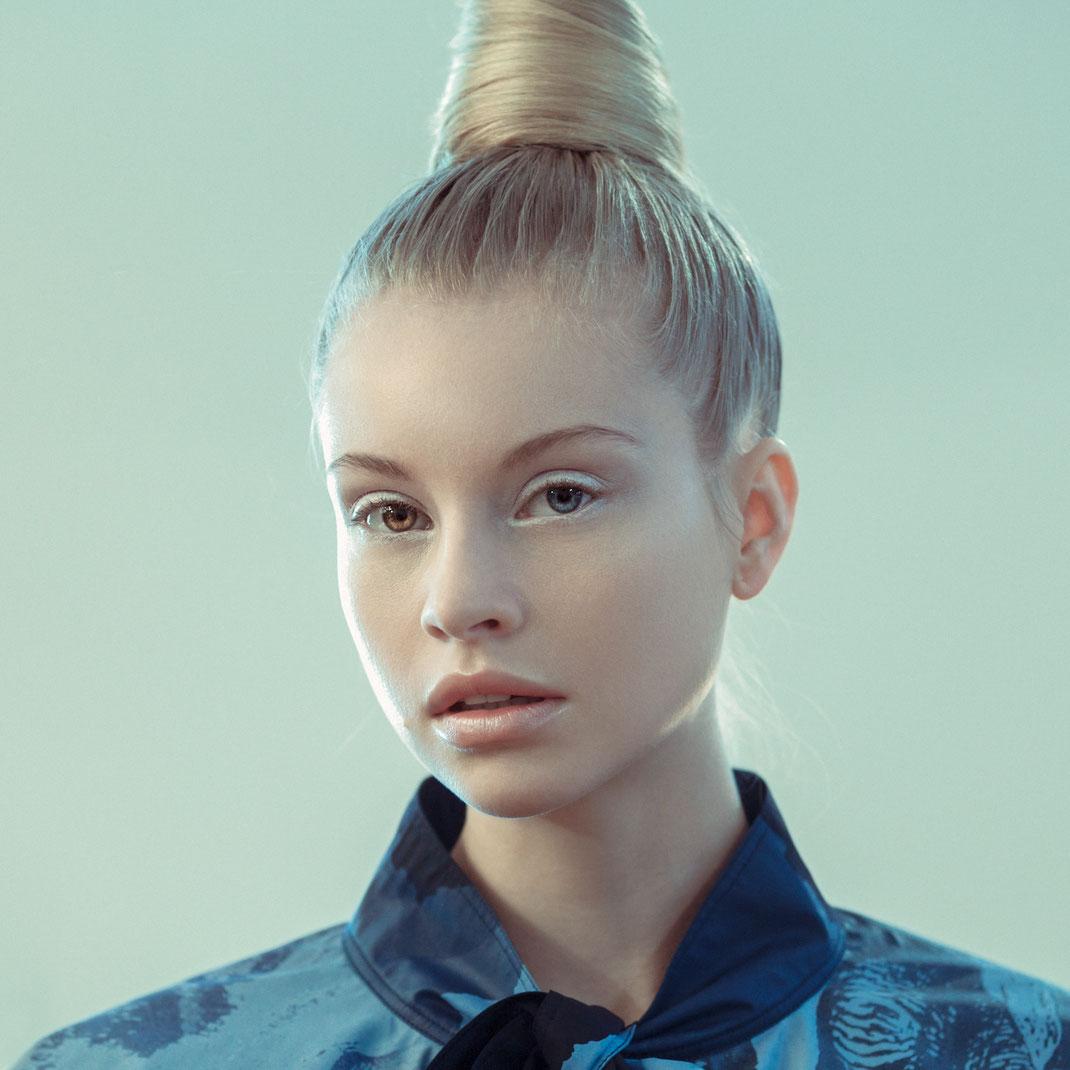 Odd Eyed - Anne - Markus Hertzsch