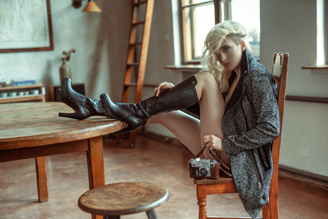 Two Beauties - Aurora & Kiev IV - Markus Hertzsch - Camera - Girl