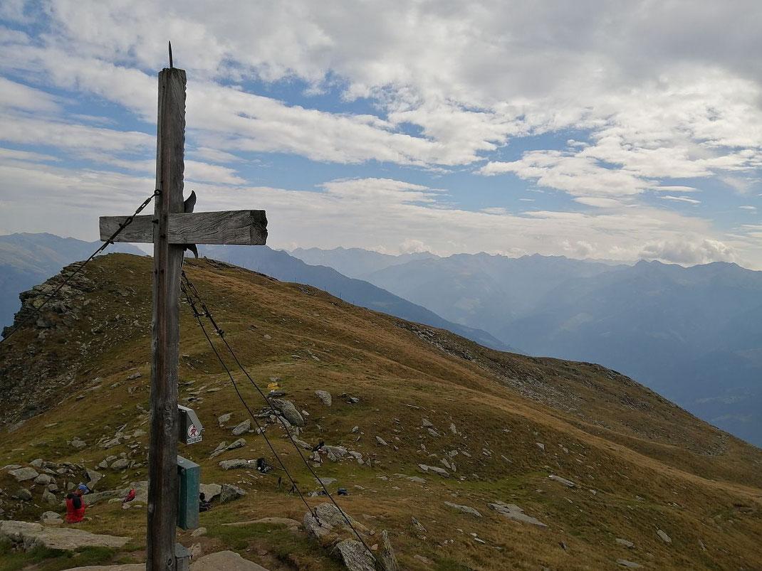 Vom Gipfel der Blick nach Osten