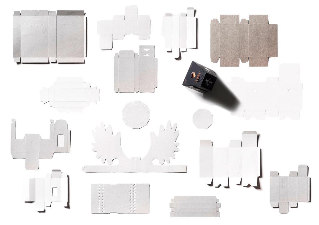 Faltschachteln, Faltbodenschachteln, Zuschnitte, Fensterhinterklebung, Kunststoffbeschichtung, Fettabweisend, Microwellentauglich, Backofentauglich