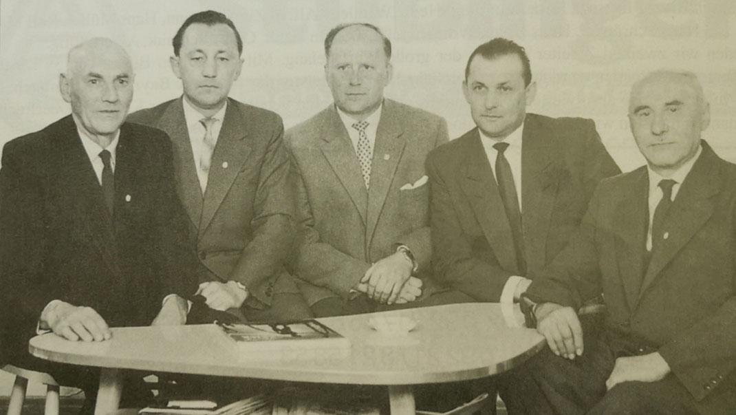 Gründungsmitglieder und Vorstandschaft im Jubiläumsjahr 1958 von links: Christoph Müller, Albert Sittig, Hans Rausch, Erich Heinlein, Martin Ramming